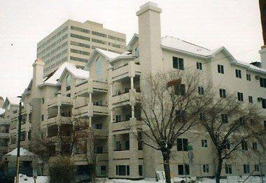 Eauclaire Condos – Calgary