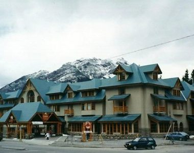 Caribou Lodge – Banff